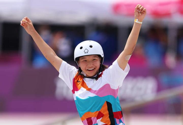 Tokyo Olympics: 13-year-old skateboarder Momiji Nishiya wins gold medal