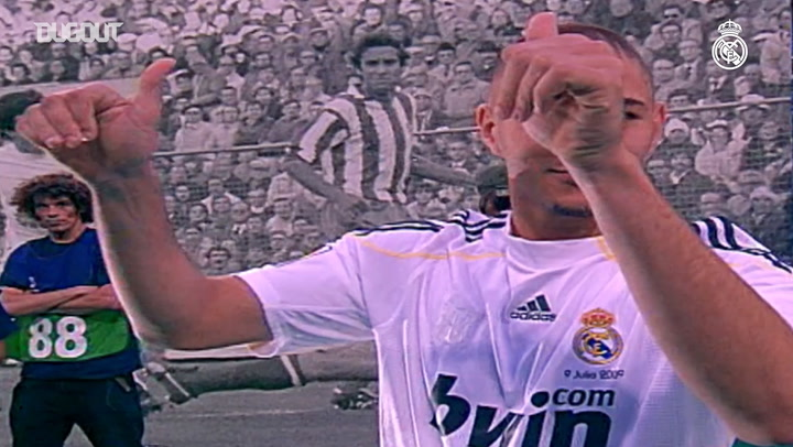 Karim Benzema's first moments in a Real Madrid shirt