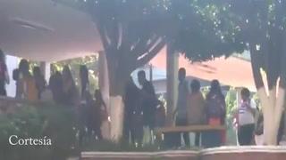 Abandonan aulas de clases por gases lagrimógenos en la UPNFM