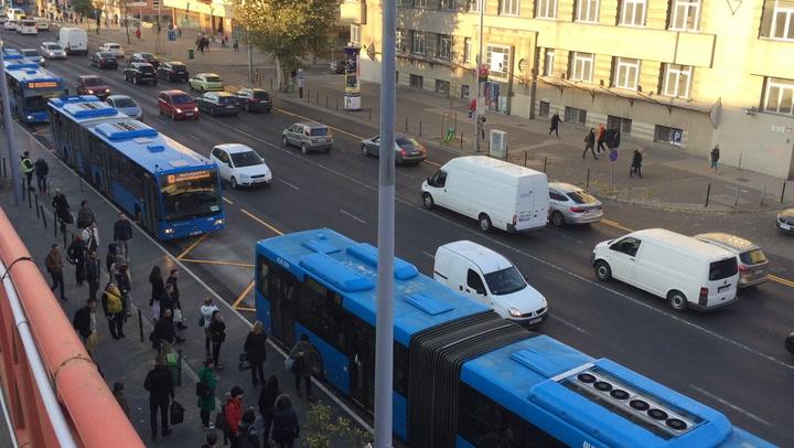 Így indulnak a pótlóbuszok a Lehel térről
