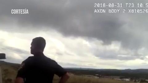 Policías de EE.UU. matan a un hombre que sacó un arma tras ser parado en una carretera