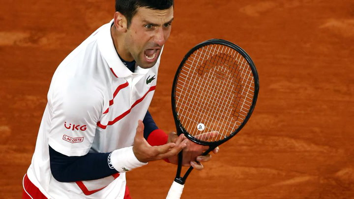 Djokovic salva otro extraño partidazo con Carreño para estar en semifinales