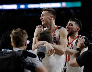 Virginia, Texas Tech To Face Off In NCAA Tournament