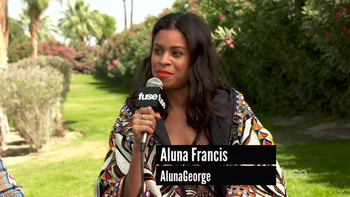 "Coachella 2014: AlunaGeorge Think Coachella Is A ""Utopian Dream"""