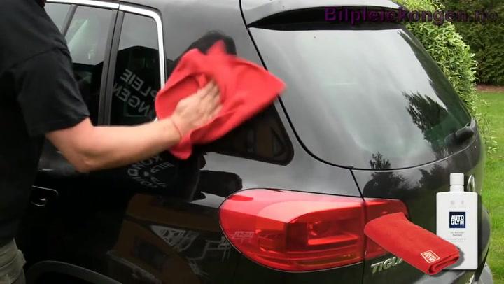 Bilpleie: Hvordan polere mørke biler