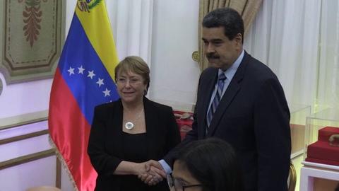 Bachelet llama a liberar a opositores venezolanos presos