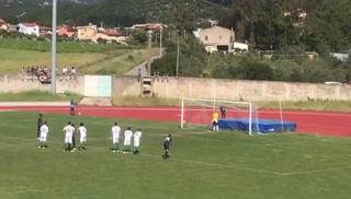 David Suazo debutó con empate con el Carbonia de la Serie D de Italia