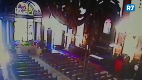 Hombre mata a cuatro personas en la catedral de Campinas, Brasil