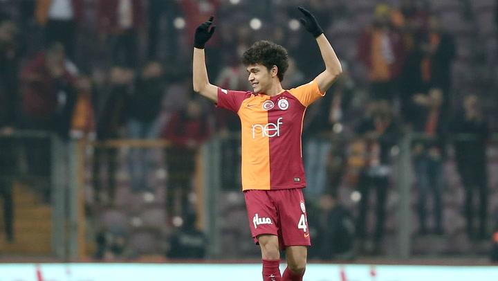 Así juega Mustafa Kapi, futbolista del Galatasaray