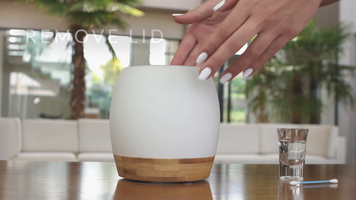 Preview image of Aura - Zen Ultrasonic Diffuser Cleaning video