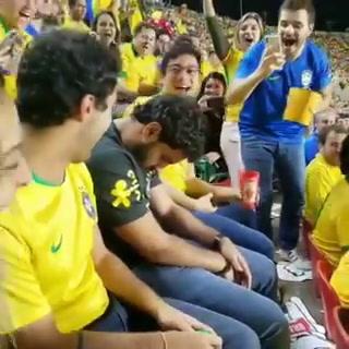 Se durmió y no supo nada más: El Brasil vs Bolivia y la víctima en las graderías