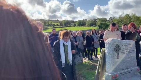 Hombre hace broma el día de su propio funeral