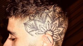 Hyller stjernas tatovering: - Hot!