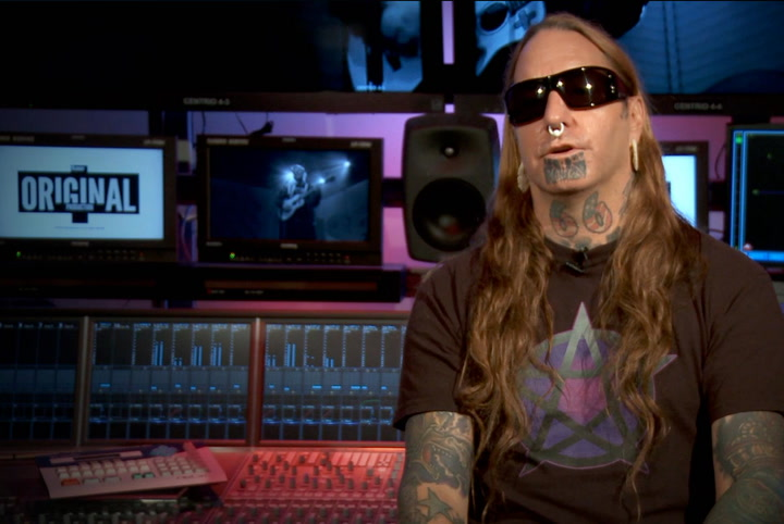 Interviews:DevilDriver Borrowed Limp Bizkit's Human Skull for New LP Cover Art