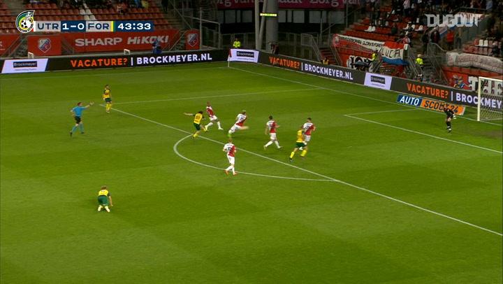 Andrija Balić's powerful strike against FC Utrecht