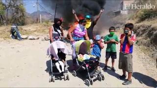 Protestan habitantes de La Cuesta y El Lolo exigiendo alimentos