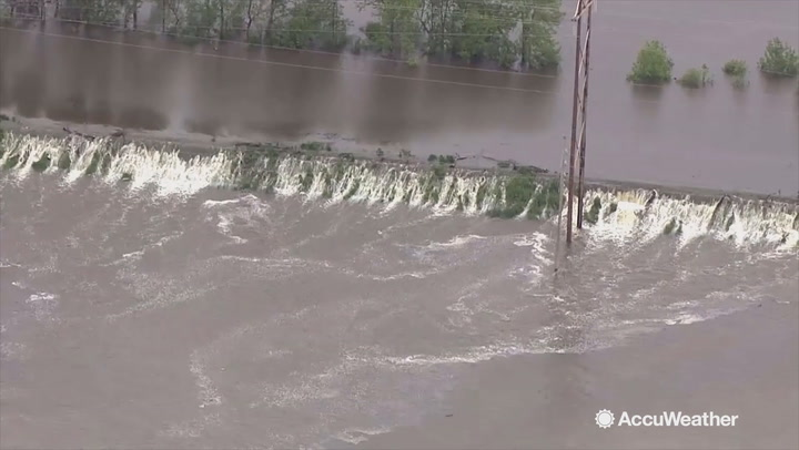 Flooding likely to continue on Mississippi, other rivers in central