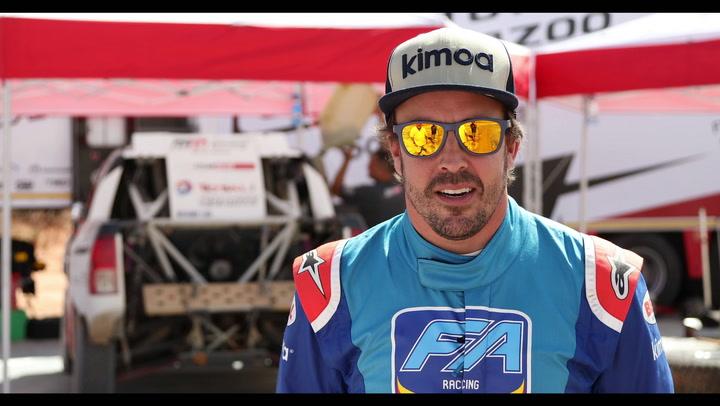 Segundo día de test para Alonso con el Toyota del Dakar