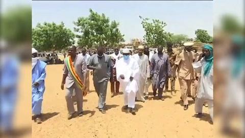 Mali reforma mando militar después de matanza de civiles