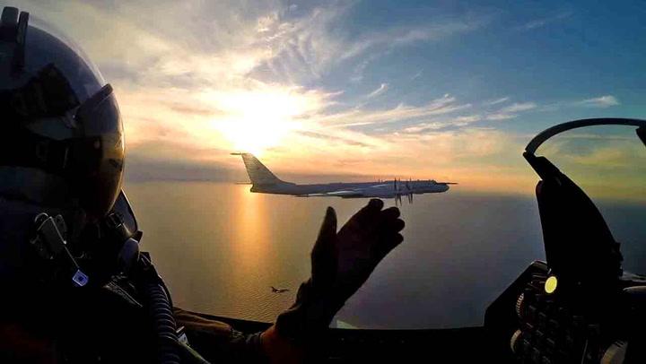 Russisk bombefly dukket opp ved Bornholm: – Meget sjelden gjest