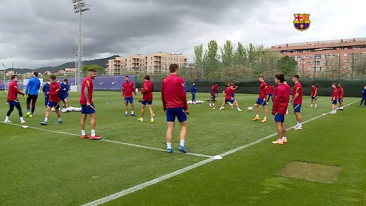 Entrenamiento del Barça B, que se juega el ascenso a Segunda A ante el UCAM Murcia