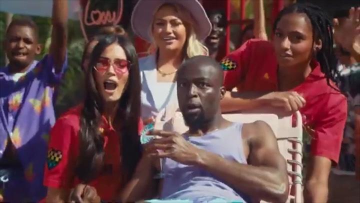 Trailer for Love Island 2021
