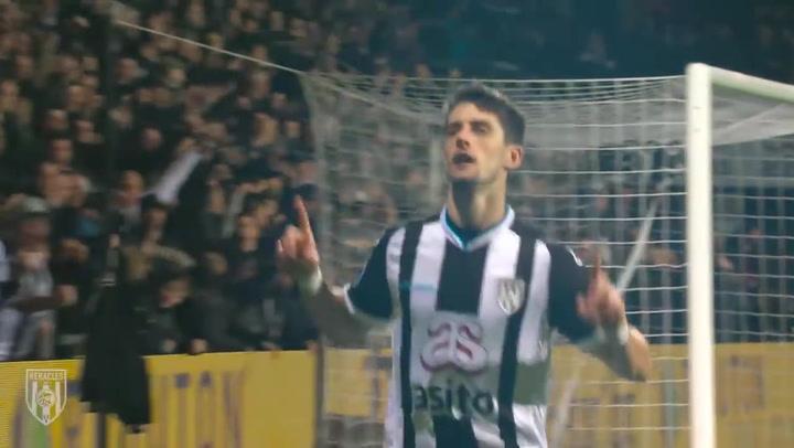 Los goles del ex-perico Adrián Dalmau en el Heracles holandés