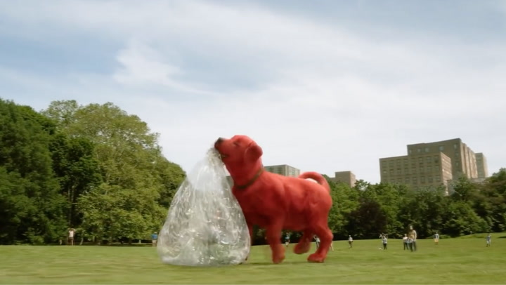 'Clifford the Big Red Dog' Trailer