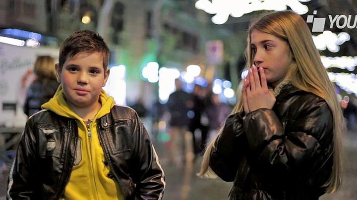 Gutt møter jente: Så får han beskjed om å slå