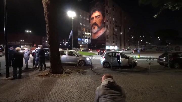 Nápoles llora la muerte de Diego Armando Maradona