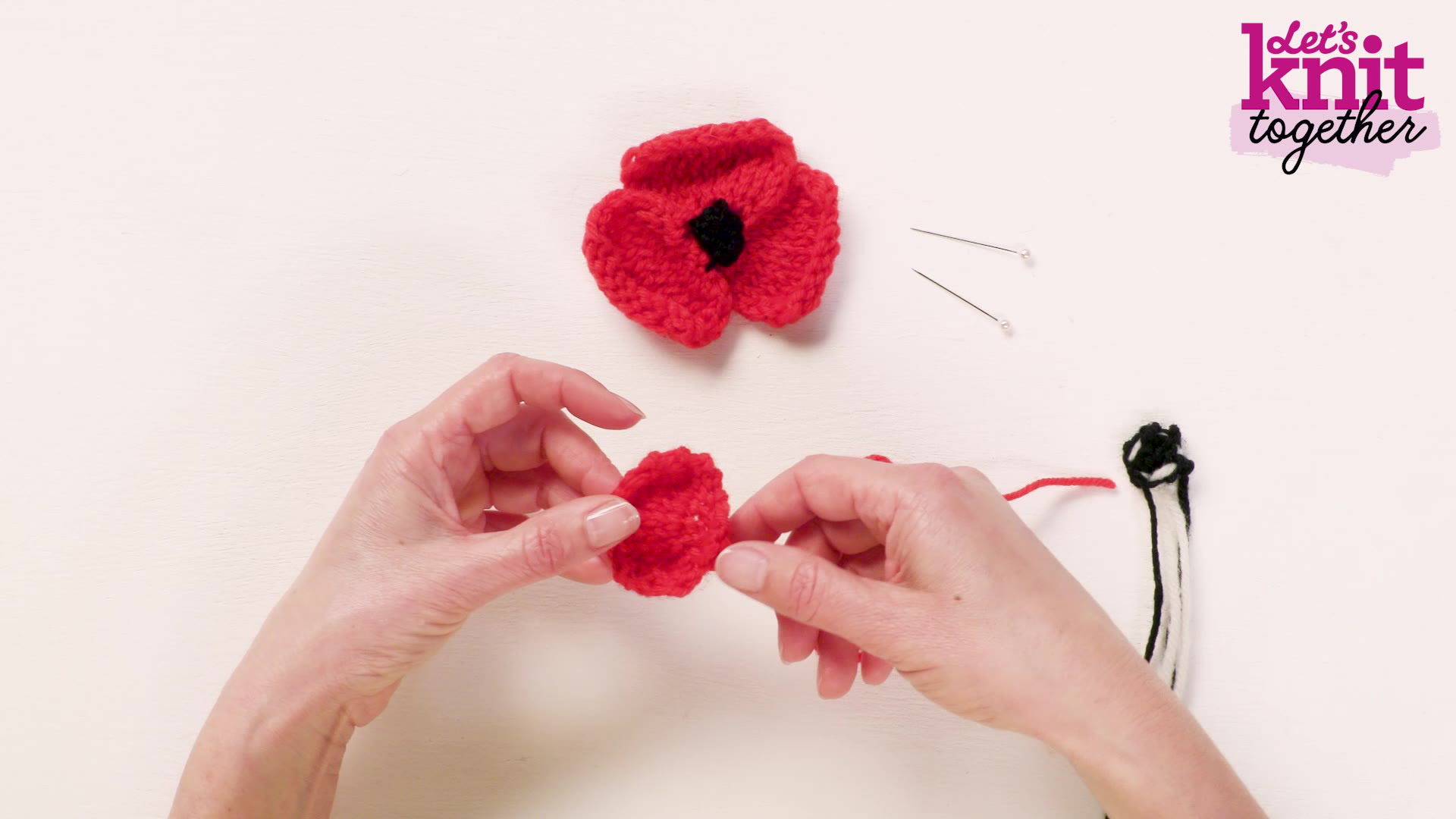 How to Knit a Poppy