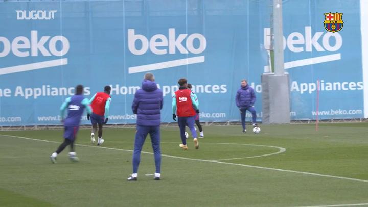 Barcelona finaliza preparação para estreia na Copa do Rei