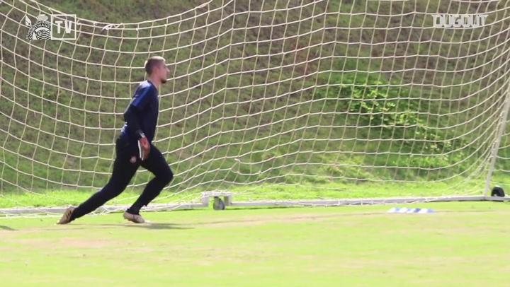 En el entrenamiento: Espacios reducidos con el Corinthians