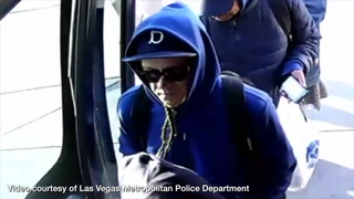 Police searching for suspect who punched 71-year-old man on bus – VIDEO