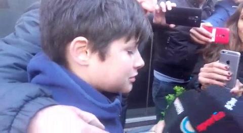 Messi ratificó su condición de ídolo con un gran gesto con un fanático uruguayo