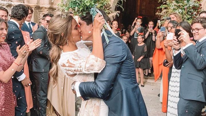 Un toro mecánico, música y \'fast food\': el inolvidable fiestón de boda de María Pombo