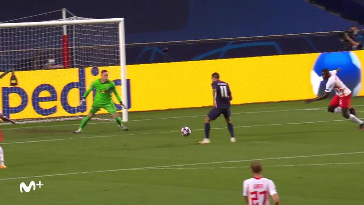 Champions League: RB Leipzig - PSG. Gol de Di María (0-2)