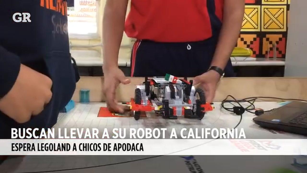Con su robot a Legoland