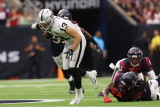 Hunter Renfrow set to return against Chargers – VIDEO