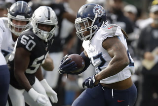 Raiders Lose Third Straight, Fall to Titans 42-21