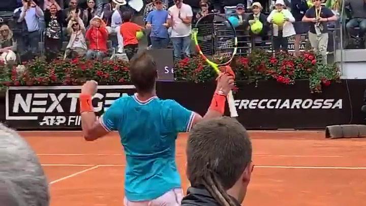 La efusiva celebración de Rafa Nadal tras llegar a una nueva final en el Masters de Roma