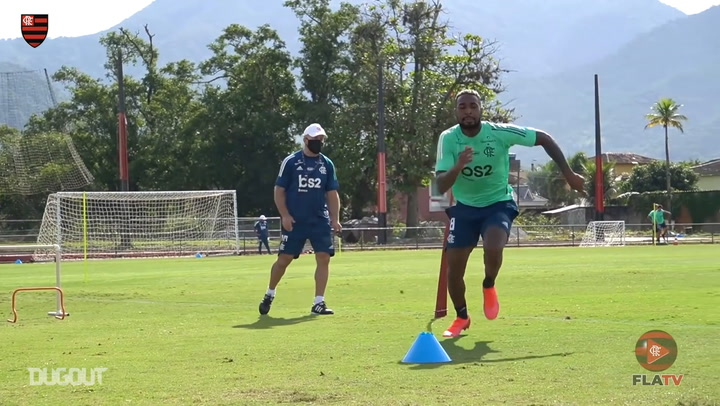 Flamengo return to training