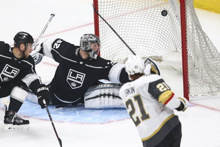 Golden Edge: Knights take 3-0 lead against the Kings