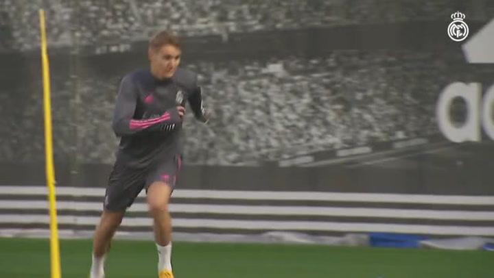 Odegaard regresa a los entrenamientos y Zidane recupera efectivos