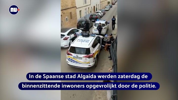 Spaanse agenten maken muziek voor binnenzitters