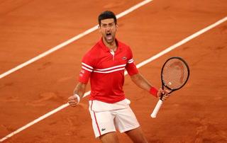 ¡Campeón histórico! Djokovic remonta a Tsitsipas y se consagra monarca del Roland Garrros con récord incluido
