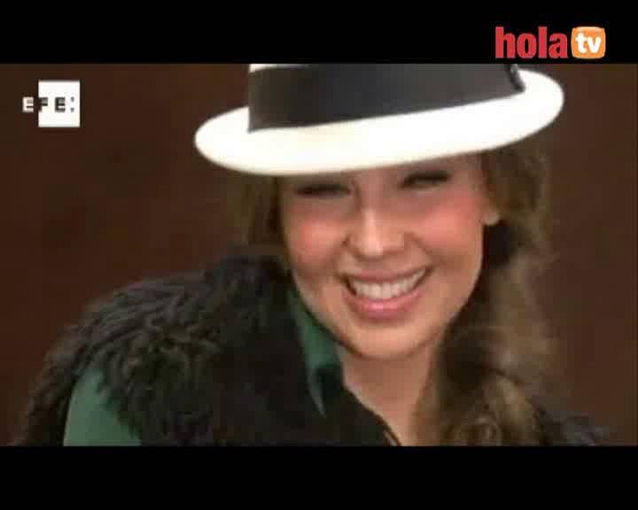 Thalia presenta su autobiografía, 'Cada día más fuerte'