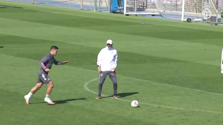 Última sesión del Real Madrid antes del estreno en el Di Stéfano