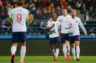 Inglaterra aplasta a Montenegro en las eliminatorias rumbo a la Eurocopa