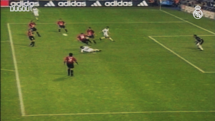 Raúl's goals in LaLiga during the 2000-01 season - Part IV